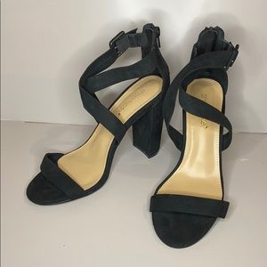 Strappy black heel